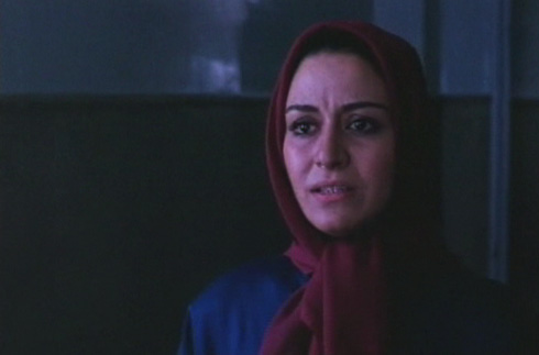 Roya is shocked to see Fereshteh after so many years.